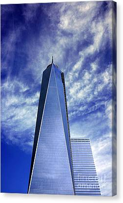 Canvas Print featuring the photograph Freedom Tower - New York City by Rafael Quirindongo