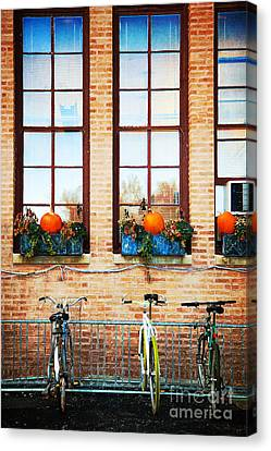 French Chicago Canvas Print by Jeanette Brown