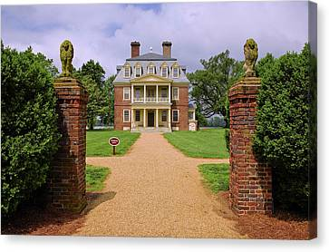 Front Gates Of Shirley Plantation Canvas Print