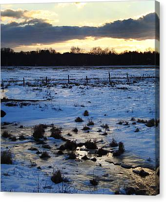 Frosty Morn At Story Canvas Print