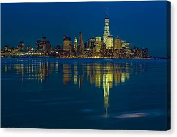 Frozen Lower Manhattan Nyc Canvas Print