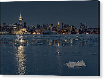 Frozen Midtown Manhattan Nyc Canvas Print