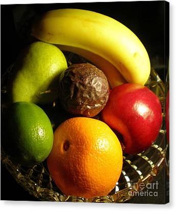 Fruit Bowl Canvas Print by Linda Provan