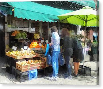 Fruit For Sale Hoboken Nj Canvas Print by Susan Savad