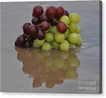 Fruitscapes Grapes Canvas Print