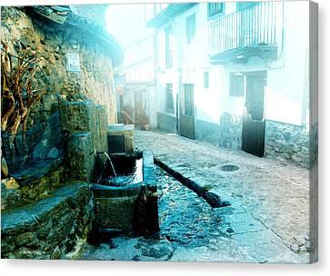 Canvas Print featuring the photograph Fuente De Candelario by Alfonso Garcia