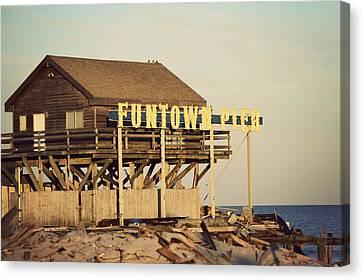 Funtown Pier Vintage Canvas Print