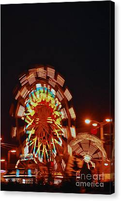 Canvas Print featuring the photograph Fur Rondy Ferris Wheel In Anchorage by Cynthia Lagoudakis