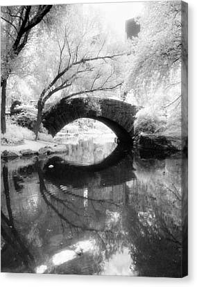 Canvas Print featuring the photograph Central Park Photograph - Gapstow Bridge Vertical by Dave Beckerman