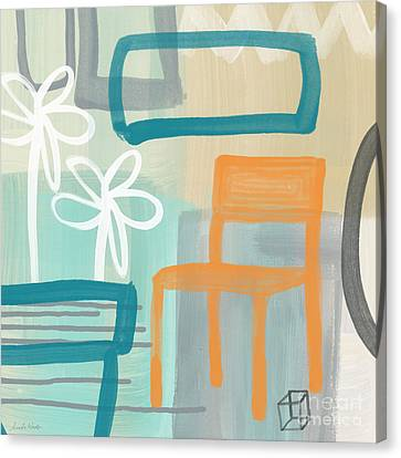 Garden Chair Canvas Print by Linda Woods