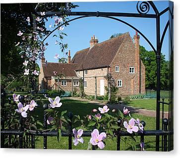 Garden  Cottage Canvas Print by Stephen Norris