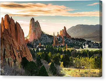 Garden Of The Gods In Colorado Springs Canvas Print by Ellie Teramoto