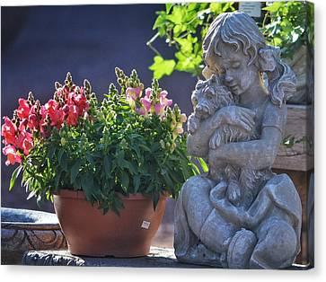 Garden Statue Canvas Print by Penni D'Aulerio