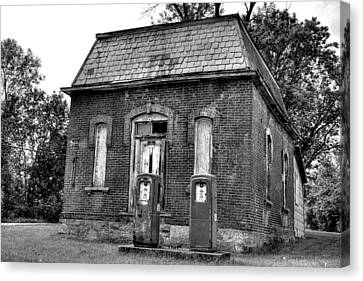 Gas At 41 Cents A Gallon Bw Canvas Print