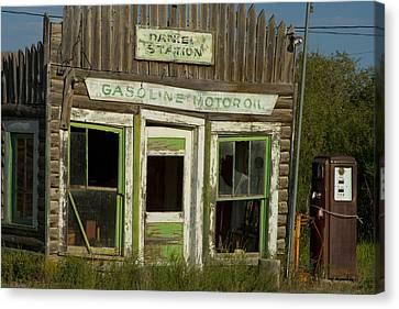 Gas Station Daniel Wyoming Canvas Print