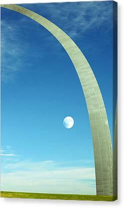 Gateway Arch Canvas Print by Steven Michael