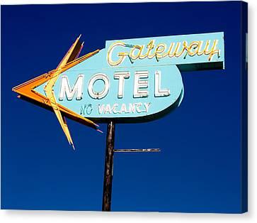 Gateway Motel Canvas Print by Matthew Bamberg