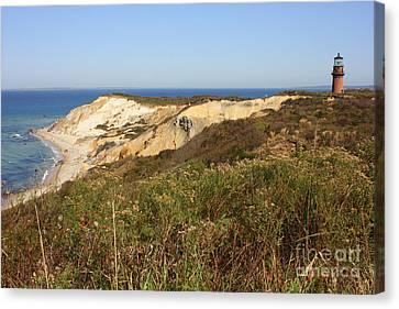 Gay Head Lighthouse With Aquinnah Beach Cliffs Canvas Print by Carol Groenen