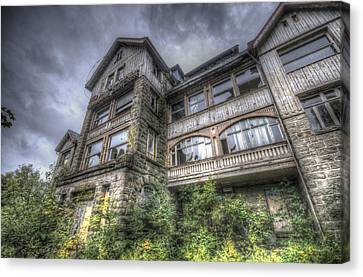 Gdr Hotel Front Canvas Print by Nathan Wright