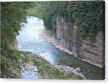 Genesee River In Grand Canyon Of East Canvas Print by Sonali Gangane