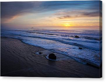 Gentle Evening Waves Canvas Print by Mike Reid