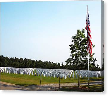 Georgia National Cemetery Canvas Print by Pete Trenholm