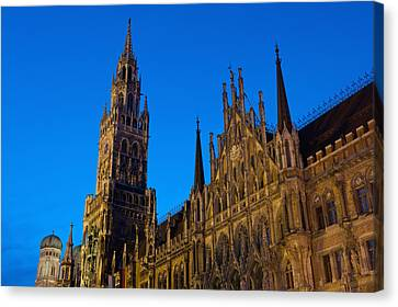 Germany, Bavaria, Rathaus Canvas Print by Ian Cumming