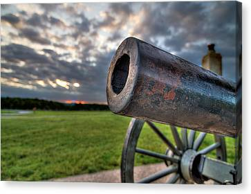 Gettysburg Canon Closeup Canvas Print by Andres Leon