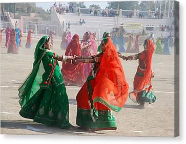 Ghoomar Dance In Rajasthan Canvas Print by Rakesh Sharma