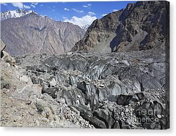 Ghulkin Glacier At The Karakorum Mountains In Pakistan Canvas Print by Robert Preston