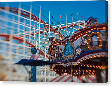Giant Dipper Goes Round Canvas Print by Scott Campbell