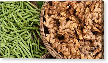 Ginger And Green Beans Canvas Print by Rick Piper Photography