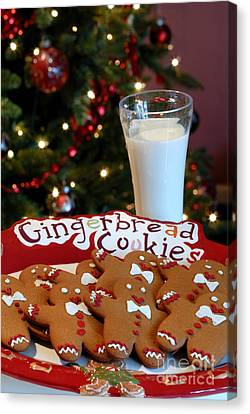 Gingerbread Cookies On Platter Canvas Print by Amy Cicconi