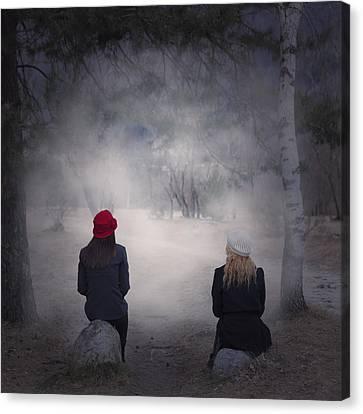 Girlfriends Canvas Print by Joana Kruse