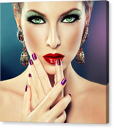Glamorous Lady 2 Canvas Print by Karen Showell