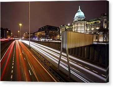 Glasgow Rush Hour Canvas Print