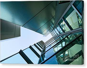 Glass And Metal - Walt Disney Concert Hall In Downtown Los Angeles Canvas Print by Jamie Pham