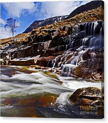 Canvas Print featuring the photograph Glen Etive by Craig B