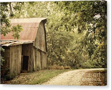 Glendale Barn Canvas Print