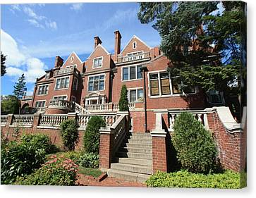 Glensheen Mansion Exterior Canvas Print by Amanda Stadther