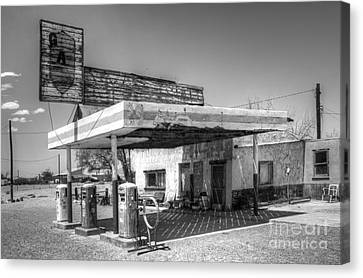 Glory Days Of Route 66 Canvas Print by Bob Christopher