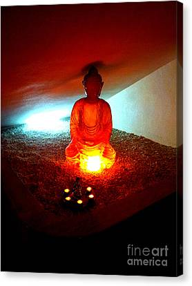 Canvas Print featuring the photograph Glowing Buddha by Linda Prewer