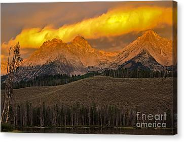 Glowing Sawtooth Mountains Canvas Print by Robert Bales