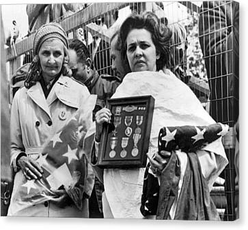 Gold Star Mothers Protest War Canvas Print by Underwood Archives