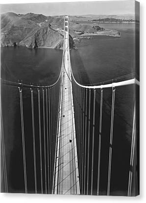 Golden Gate Bridge In 1937 Canvas Print by Underwood Archives