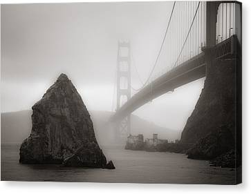 Golden Gate Bridge Canvas Print by Niels Nielsen