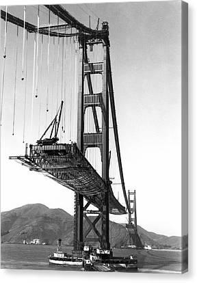 Golden Gate Bridge Work Canvas Print by Underwood Archives