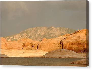 Golden Hour At Lake Powell Canvas Print by Julie Niemela