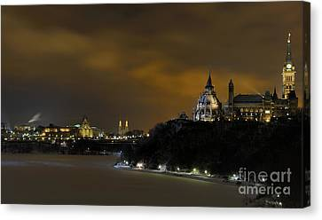Golden Night... Canvas Print by Nina Stavlund