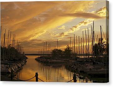 Golden Sunset With Sailboats Canvas Print
